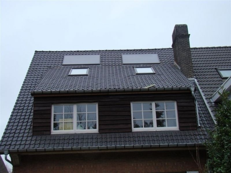 Pose de tuiles bruxelles terre cuite toiture castro for Pose toiture tuile